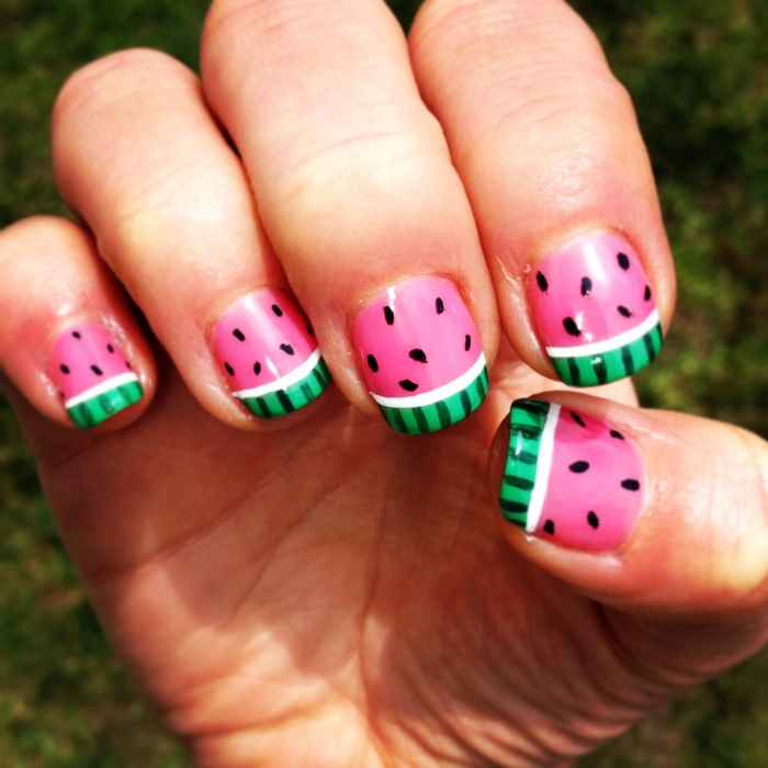 easy-summer-nail-designs-for-short-nails